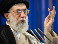 Дузовный лидер Ирана Али Хаменеи