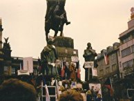 Участники «Бархатной революции» в Праге, Чехословакия