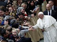 Папа Римский Франциск во время специальной аудиенции в Ватикане
