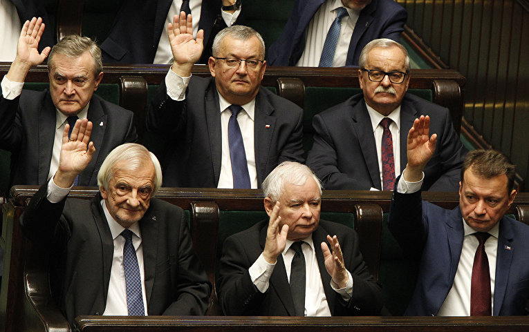 """Лидер польской правящей партии """"Право и справедливость"""" Ярослав Качиньский"""