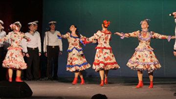 Ансамбль песни и пляски Северного флота на сцене Драматического театра Северного флота
