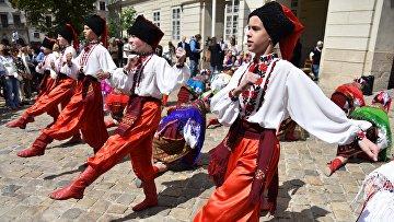 День вышиванки на Украине
