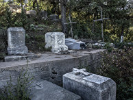 Армянское кладбище на вершине холма неподалеку от сирийско-турецкой границы