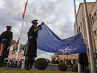 Церемония перед зданием парламента в Скопье, Северная Македония