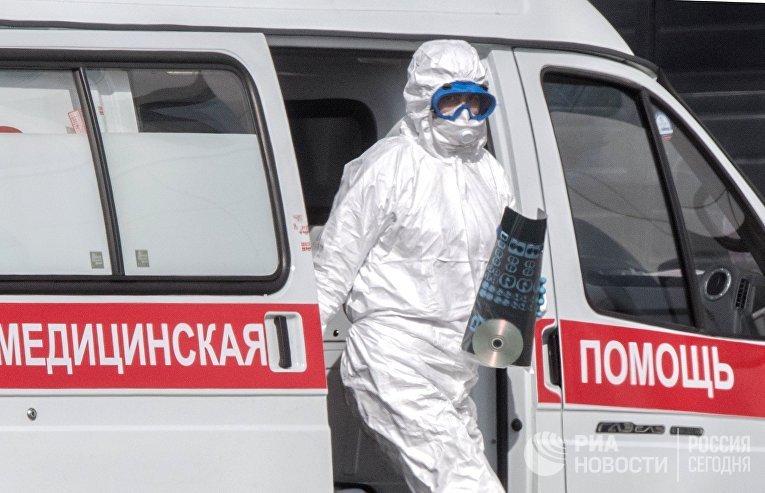 Больница в Коммунарке продолжает принимать пациентов с подозрением на коронавирус
