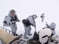 Российские десантники поставили рекорд в Арктике