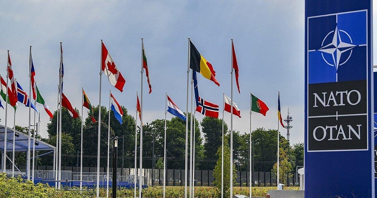 МИД России: Москва приостанавливает работу своего представительства в НАТО (Гуаньча, Китай) (Гуаньча)