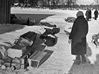 Гробы для захоронения умерших в блокадном Ленинграде