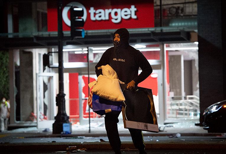 Ограбление магазина в Окленде