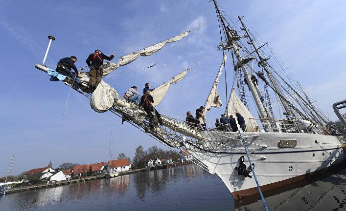 Немецкая шхуна Greif в порту Грайфсвальда, Германия