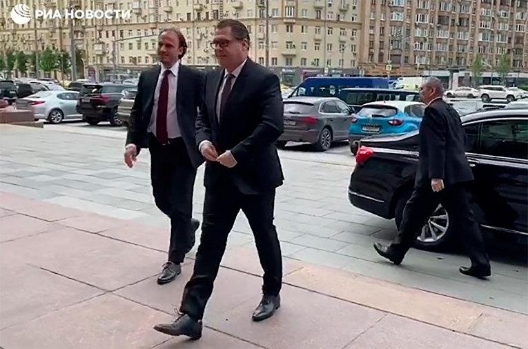 Посол Чехии вызван в МИД РФ