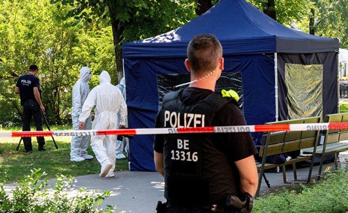 23 августа 2019. Полиция на месте убийства Зелимхана Хангошвили в Берлине, Германия