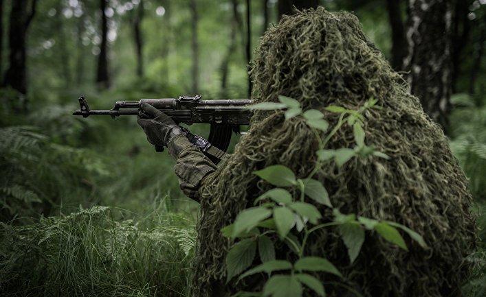 Солдат в засаде