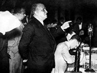 Франсиско Ларго Кабальеро произносит речь 15 января 1936 года в Мадриде