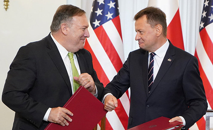 Госсекретарь США Майк Помпео и министр обороны Польши Мариуш Блащак