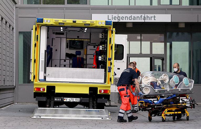 Скорая помощь в больничном комплексе Шарите Митте в Берлине