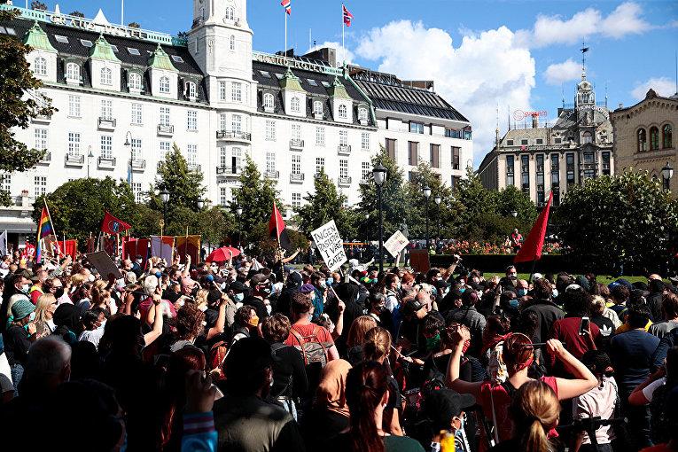 Участники акции протеста против исламизации Норвегии в Осло