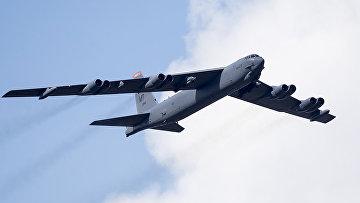 Американский стратегический бомбардировщик B-52