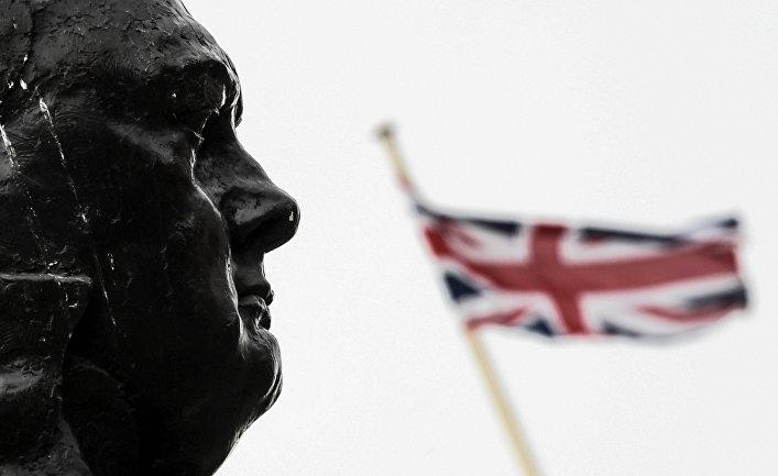Британский начальник штаба: Россия сееновыми вооружениями— серьезная угроза для Британии (Express, Великобритания)