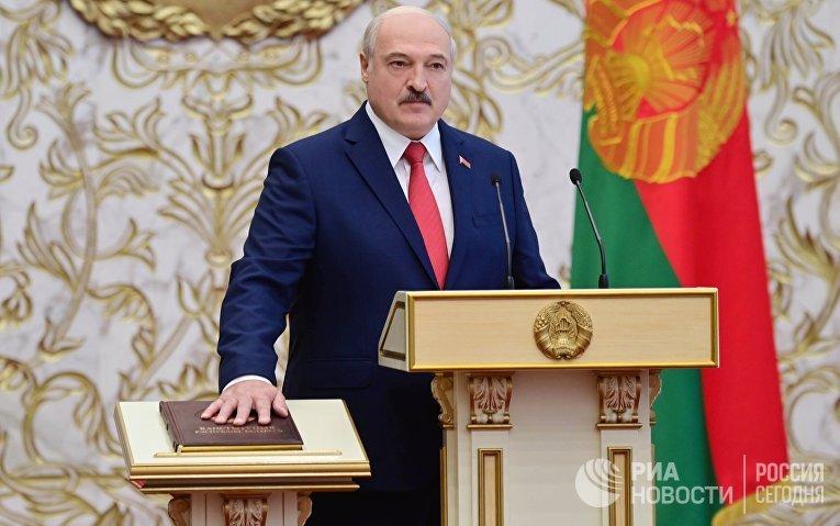 Президент Белоруссии Александр Лукашенко на церемонии инаугурации в Минске