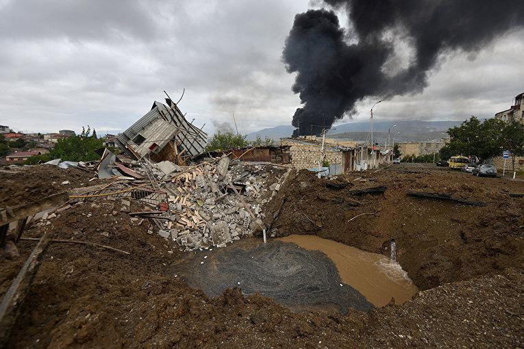Последствия обстрела в Степанакерте