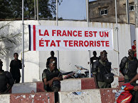 Малийские солдаты во время акции протеста в Бамако