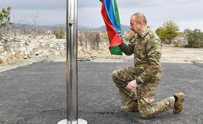 Президент и первая леди Азербайджана посетили Агдам