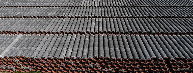 Трубы для «Северного потока— 2» впорту Мукран, Зассниц, Германия