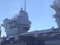 Новейший британский авианосец затопило тоннами воды