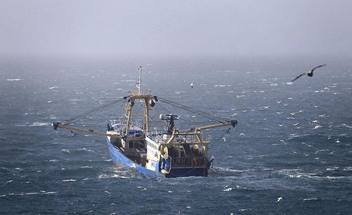 Британское рыболовное судно