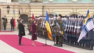 Зеленский похвалил Санду: не боится называть Крым украинским