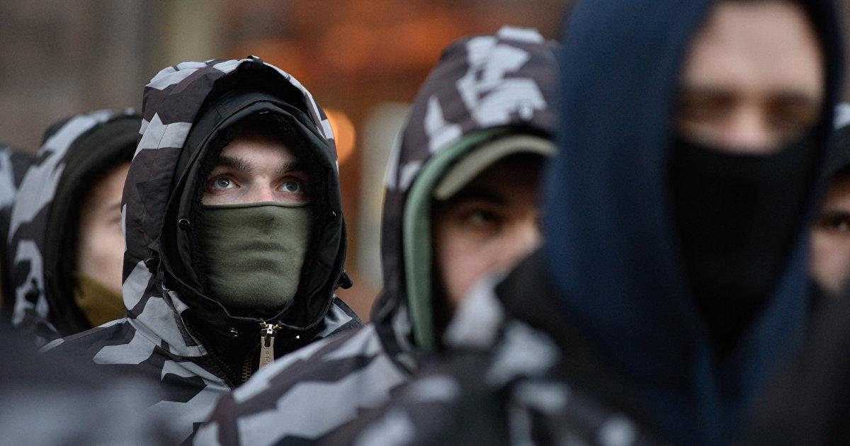 Страна (Украина): тренируются в Британии и Германии. Как Запад обучает ультраправых Украины военному делу (Страна.ua)