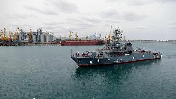 В порт Одессы вошли военные корабли НАТО