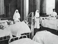 Медицинские сестры в лазарете в Зимнем дворце