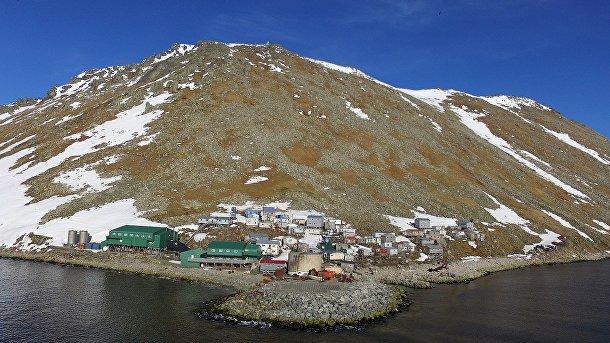 Деревня на острове Малый Диомид