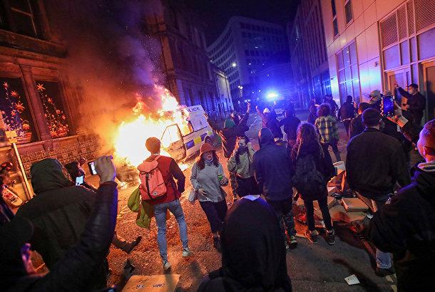Беспорядки в Бристоле, Великобритания