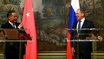 Переговоры глав МИД РФ и КНР С. Лаврова и Ван И