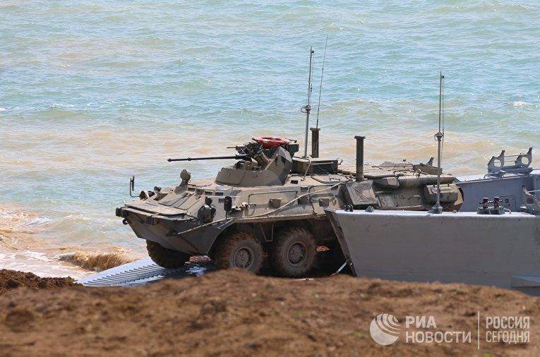 Учения войск ЮВО и ВДВ в Крыму