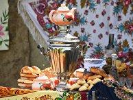 Самовар и пирожки