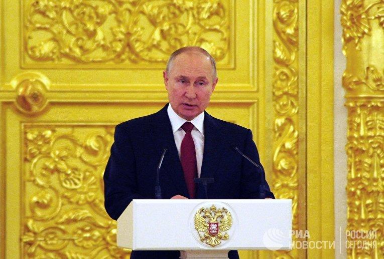 Президент РФ В. Путин принял верительные грамоты у вновь прибывших послов иностранных государств