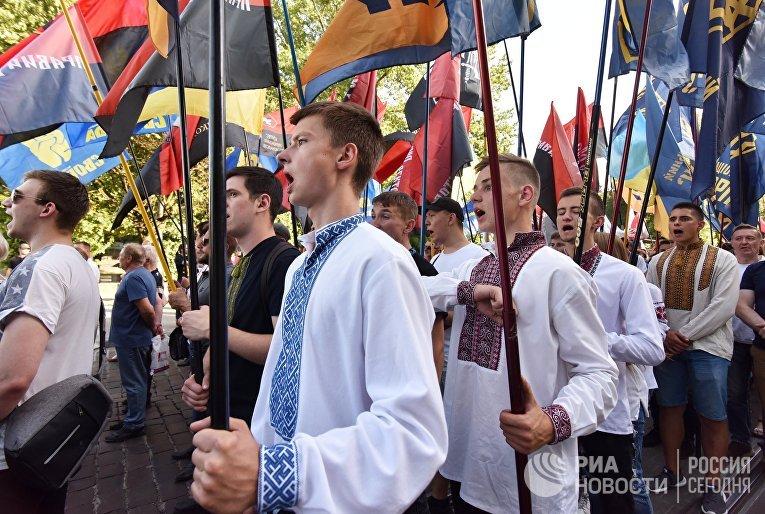 """""""Марш в вышиванках"""" во Львове"""