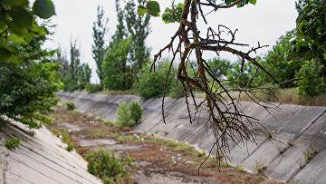 Сухой Северо-Крымский канал в Крыму