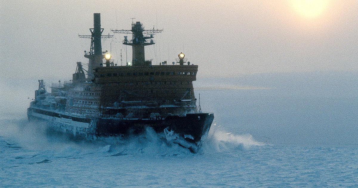 Daily Mail (Великобритания): день рождения Путина, планы создать новый арктический флот и шаги по обеспечению дальнейшего контроля над поставками газ
