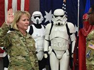 Генерал-майор Дианна Берт дает присягу