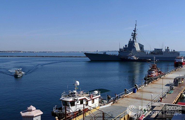Эскадра НАТО в составе пяти кораблей зашла в Одессу