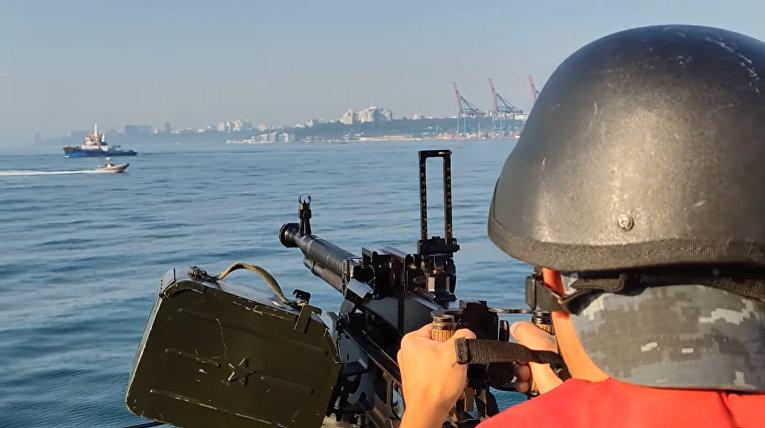 Отражение нападения в море и стрельбы