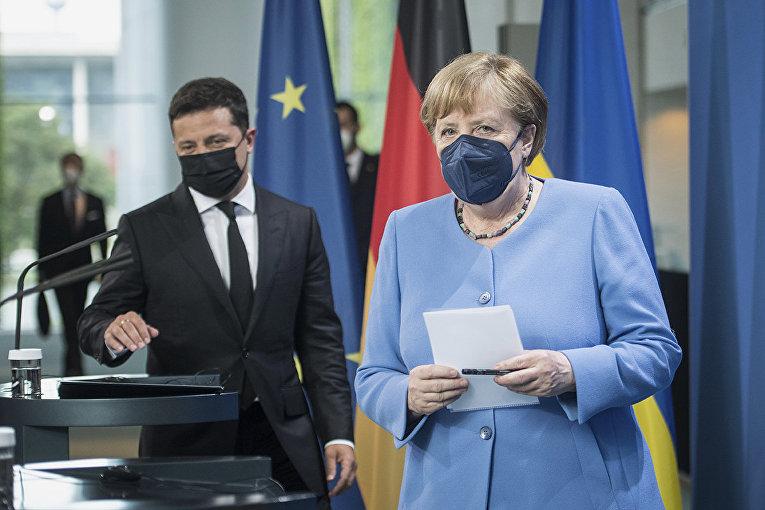Канцлер Германии Ангела Меркель и президент Украины Владимир Зеленский в Берлине