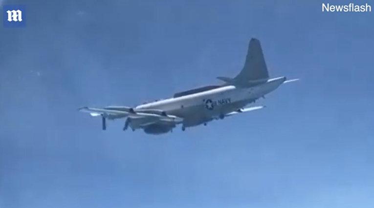 Истребитель отогнал американского шпиона от российской границы
