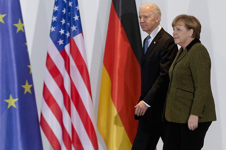 Канцлер Германии Ангела Меркель и вице-президент США Джо Байден, 2013 год