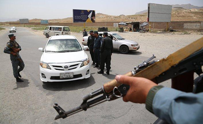 Контрольно-пропускной пункт в Кабуле